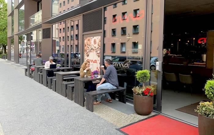 ama Café Berlin Terrasse