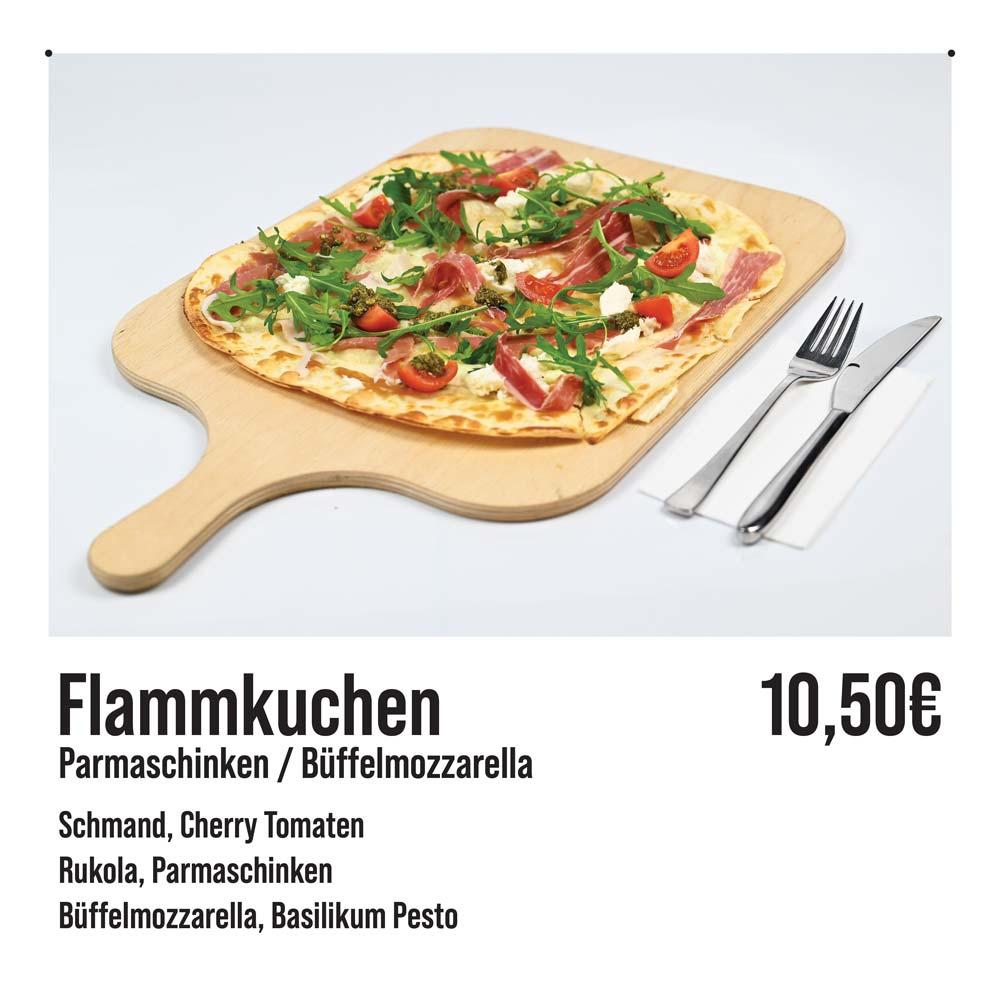 Flammkuchen-Parmaschinken-Büffelmozzarella